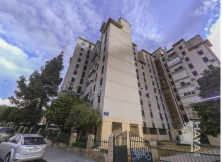 Piso en venta en Distrito Sur, Sevilla, Sevilla, Calle Jose Sebastian Bandaran, 27.750 €, 2 habitaciones, 1 baño, 70 m2