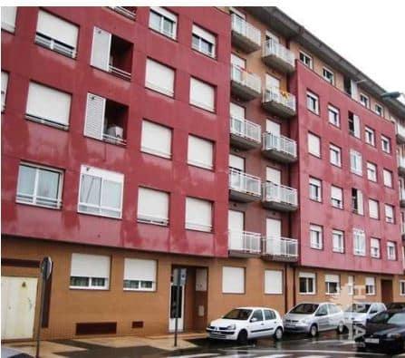 Piso en venta en Trobajo del Camino, San Andrés del Rabanedo, León, Calle Espronceda, 65.000 €, 2 habitaciones, 1 baño, 84 m2