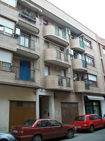 Piso en venta en Lodosa, Navarra, Calle Raimundo Lanas, 96.000 €, 4 habitaciones, 2 baños, 118 m2