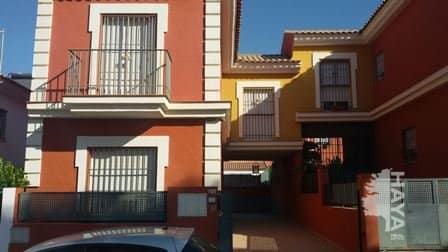 Casa en venta en Burguillos, Sevilla, Avenida Carmen Laffon, 85.100 €, 3 habitaciones, 2 baños, 115 m2