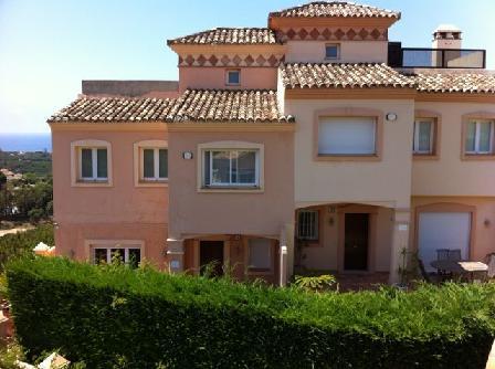 Casa en venta en Urbanización Marbesa, Marbella, Málaga, Calle Dinamarca, 345.303 €, 2 habitaciones, 3 baños, 221 m2
