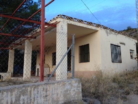 Casa en venta en Montecollado, Llíria, Valencia, Calle los Robles, 80.850 €, 3 habitaciones, 1 baño, 65 m2