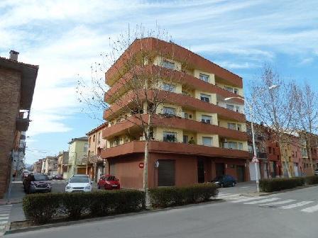 Piso en venta en Casa de Baix, Manlleu, Barcelona, Calle Puigmal, 64.155 €, 3 habitaciones, 1 baño, 105 m2