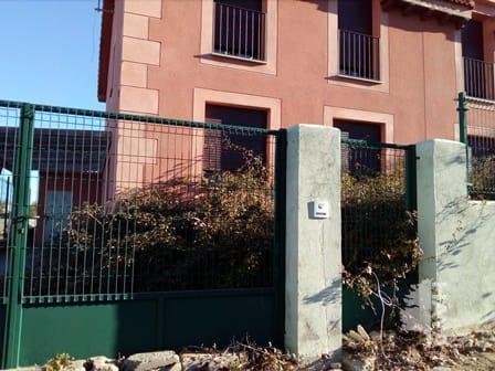 Casa en venta en Otero de Herreros, Otero de Herreros, Segovia, Travesía Estacion Num 8, 535.340 €, 4 habitaciones, 2 baños, 768 m2