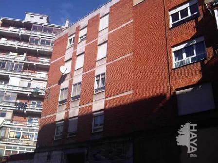 Piso en venta en Piso en León, León, 108.000 €, 3 habitaciones, 1 baño, 112 m2