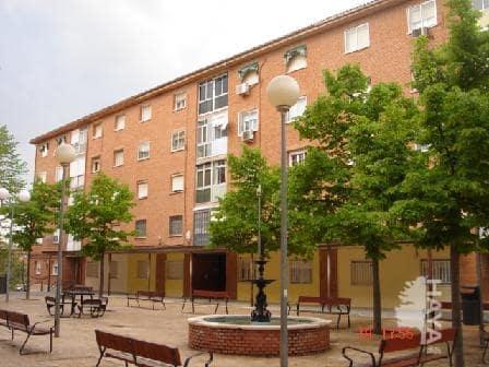 Piso en venta en Guadalajara, Guadalajara, Calle Bolivia, 72.000 €, 3 habitaciones, 1 baño, 78 m2