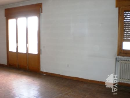 Piso en venta en Cabezuela, Segovia, Calle Real Baja, 119.416 €, 4 habitaciones, 1 baño, 254 m2