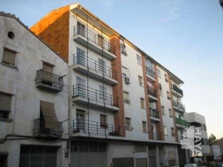 Piso en venta en Alcañiz, Teruel, Avenida Bartolome Esteban, 35.000 €, 3 habitaciones, 1 baño, 62 m2