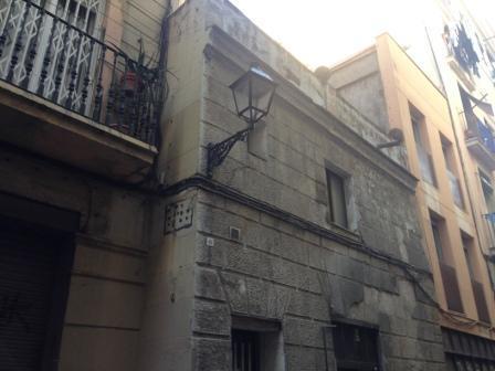 Piso en venta en Ciutat Vella, Barcelona, Barcelona, Calle de la Cendra, 124.900 €, 3 habitaciones, 1 baño, 60 m2