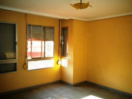 Piso en venta en Piso en Burriana, Castellón, 26.653 €, 3 habitaciones, 1 baño, 74 m2