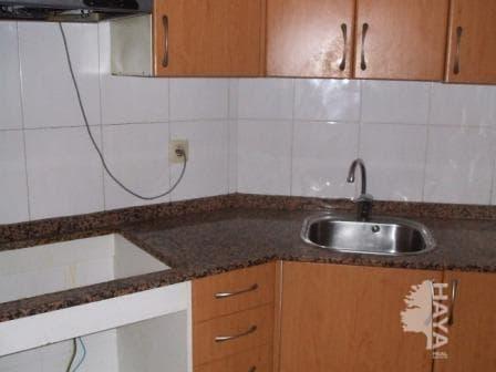 Piso en venta en Barri Gaudí, Reus, Tarragona, Avenida Barcelona, 20.002 €, 3 habitaciones, 1 baño, 86 m2