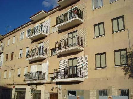 Piso en venta en Corral de Almaguer, Toledo, Calle Leoncia Diaz Cordoves, 20.228 €, 3 habitaciones, 1 baño, 82 m2