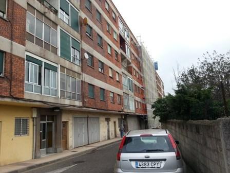 Piso en venta en San Pelayu, Corvera de Asturias, Asturias, Calle Roves, 27.000 €, 3 habitaciones, 1 baño, 62 m2