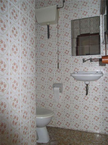Piso en venta en Piso en Ferrol, A Coruña, 45.000 €, 3 habitaciones, 1 baño, 116 m2