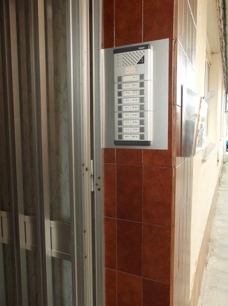 Piso en venta en A Gándara, Narón, A Coruña, Calle Rio Sor, 34.000 €, 3 habitaciones, 1 baño, 86 m2