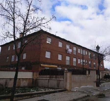 Local en venta en Palazuelos de Eresma, Segovia, Calle la Reverencias, 96.000 €, 132 m2