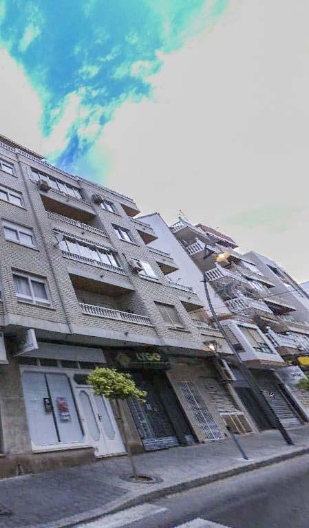 Local en venta en Urbanización Calas Blancas, Torrevieja, Alicante, Calle Ramon Gallud, 131.700 €, 69 m2