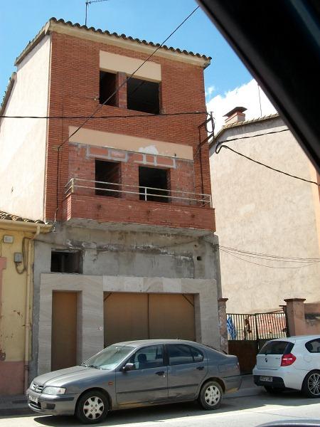 Casa en venta en Riudarenes, Girona, Carretera Sta Coloma Farners, 200.000 €, 8 habitaciones, 3 baños, 250 m2