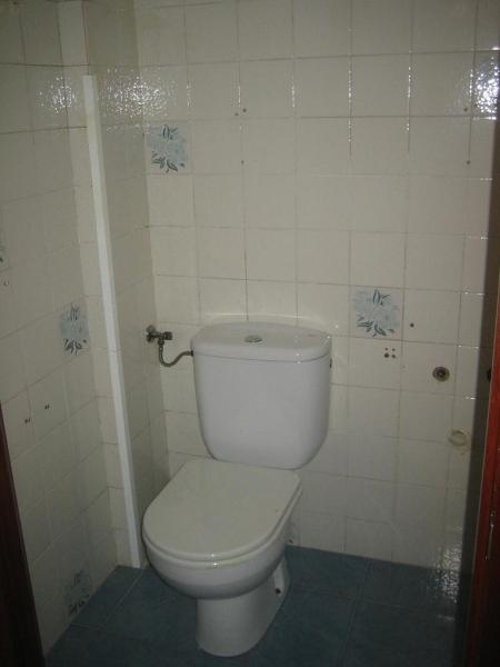 Piso en venta en Santander, Cantabria, Avenida Herrera Oria, 104.000 €, 3 habitaciones, 1 baño, 88 m2