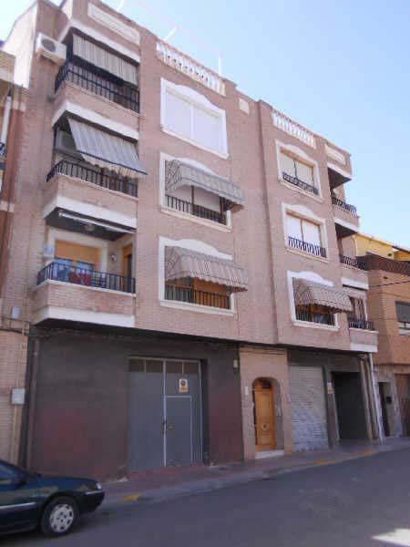 Piso en venta en Caudete, Albacete, Calle San Vicente, 85.200 €, 3 habitaciones, 2 baños, 118 m2