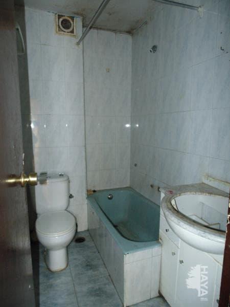 Piso en venta en Alcalá de Henares, Madrid, Calle Albeniz, 58.900 €, 3 habitaciones, 1 baño, 67 m2