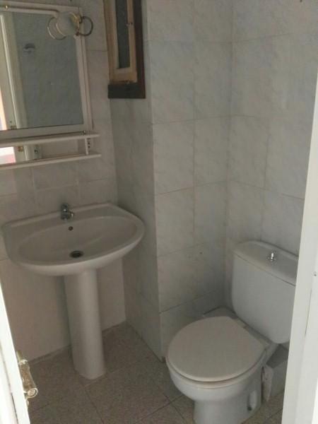 Piso en venta en Alicante/alacant, Alicante, Avenida Periodista Rodolfo de Salazar, 73.000 €, 3 habitaciones, 2 baños, 102 m2