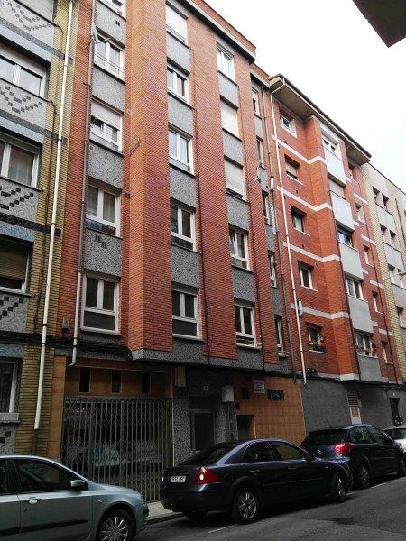 Piso en venta en Piso en Gijón, Asturias, 50.500 €, 3 habitaciones, 1 baño, 74 m2