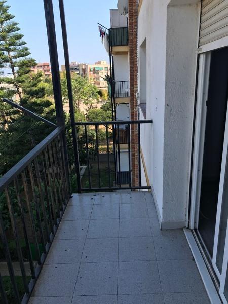 Piso en venta en Piso en Tarragona, Tarragona, 45.000 €, 2 habitaciones, 1 baño, 63 m2