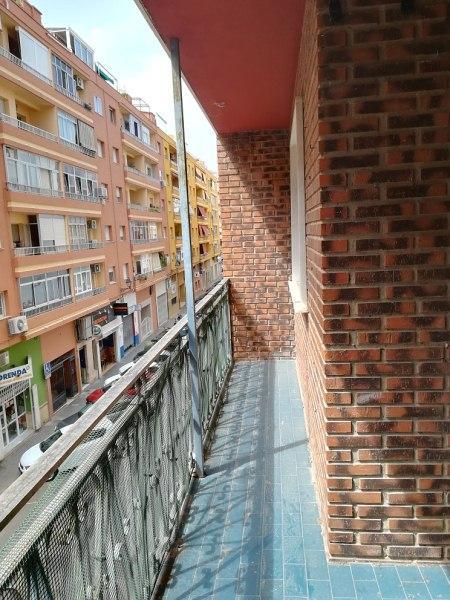 Piso en venta en Dénia, Alicante, Calle Senija, 85.000 €, 4 habitaciones, 2 baños, 104 m2