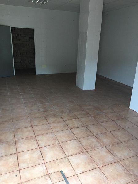 Local en venta en Estepona, Málaga, Calle Area Parque Calvario I Residencial Montereal, 81.500 €, 74 m2