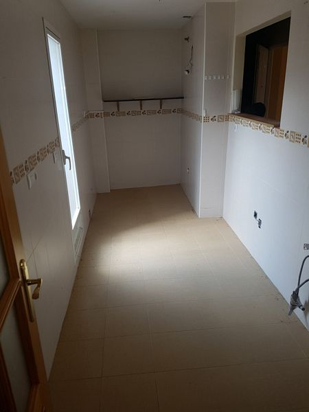 Piso en venta en Las Gabias, Granada, Calle Reyes Católicos, 112.000 €, 2 habitaciones, 1 baño, 101 m2