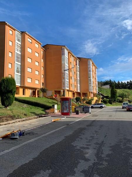 Piso en venta en Xove, Lugo, Calle Urbanización El Palmeiro, 45.000 €, 3 habitaciones, 2 baños, 105 m2