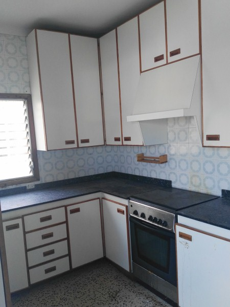 Piso en venta en Piso en Palma de Mallorca, Baleares, 125.000 €, 3 habitaciones, 1 baño, 103 m2