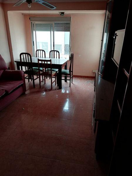 Piso en venta en Castellón de la Plana/castelló de la Plana, Castellón, Calle Salvador Guinot, 27.000 €, 3 habitaciones, 2 baños, 94 m2