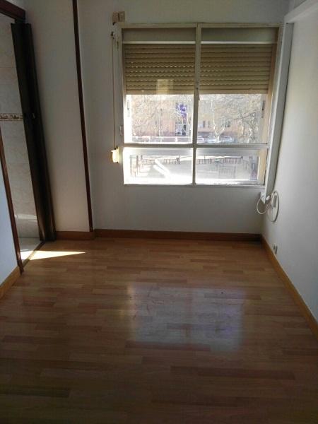 Piso en venta en Madrid, Madrid, Calle Rioconejos, 92.000 €, 3 habitaciones, 1 baño, 53 m2