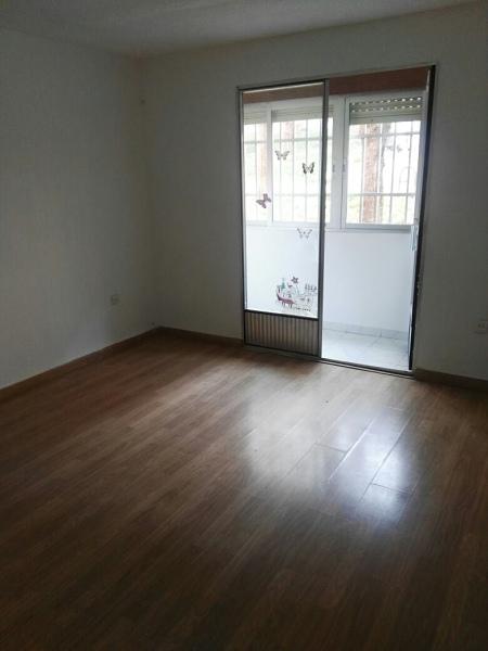 Piso en venta en Madrid, Madrid, Calle del Corregidor Señor de la Elipa, 124.000 €, 2 habitaciones, 1 baño, 54 m2
