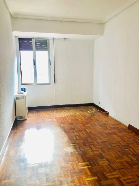 Piso en venta en Piso en Miranda de Ebro, Burgos, 54.000 €, 3 habitaciones, 1 baño, 73 m2