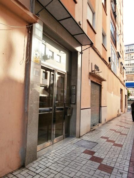 Piso en venta en Málaga, Málaga, Calle Diego de Almaguer, 122.000 €, 3 habitaciones, 1 baño, 96 m2