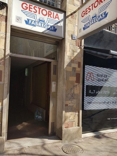 Piso en venta en Igualada, Barcelona, Rambla San Isidro, 125.000 €, 3 habitaciones, 2 baños, 107,92 m2