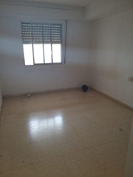 Piso en venta en Gandia, Valencia, Calle Primera Bandera Valenciana, 42.500 €, 3 habitaciones, 2 baños, 126,39 m2