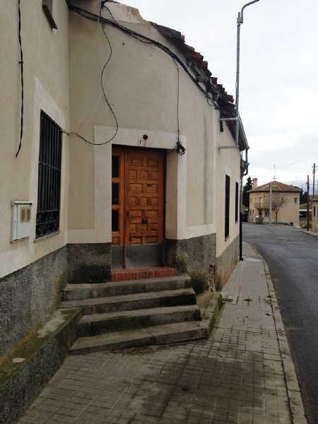 Casa en venta en Fuentemilanos, Segovia, Segovia, Calle del Caño, 36.200 €, 3 habitaciones, 1 baño, 72 m2