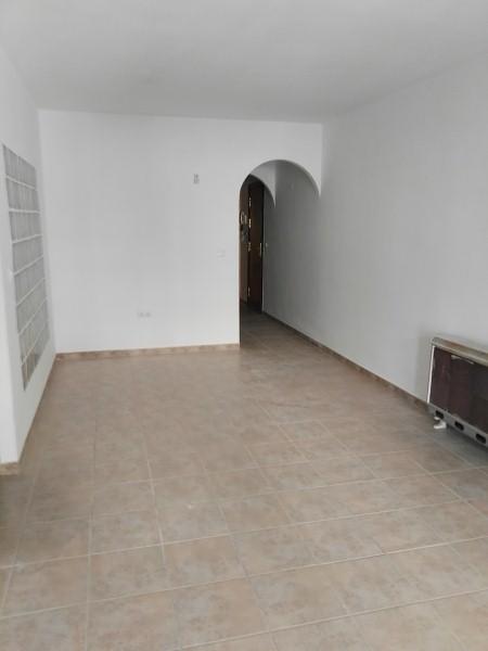 Piso en venta en La Zubia, Granada, Calle Naranjo, 81.400 €, 3 habitaciones, 1 baño, 87 m2