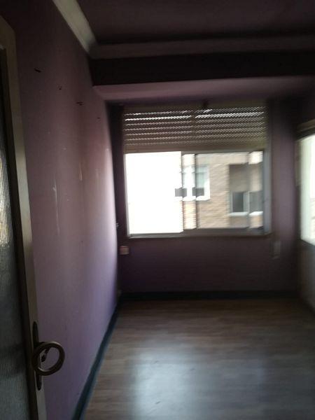 Piso en venta en Inferniño, Ferrol, A Coruña, Calle Deporte, 22.000 €, 3 habitaciones, 1 baño, 81,7 m2