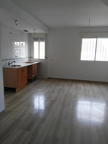 Piso en venta en Alhendín, Granada, Calle Galicia, 91.000 €, 2 habitaciones, 83 m2