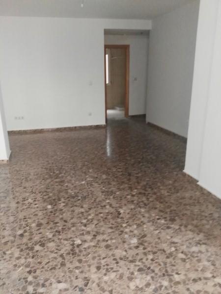 Piso en venta en Churriana de la Vega, Granada, Calle Ebro, 86.000 €, 2 habitaciones, 66 m2