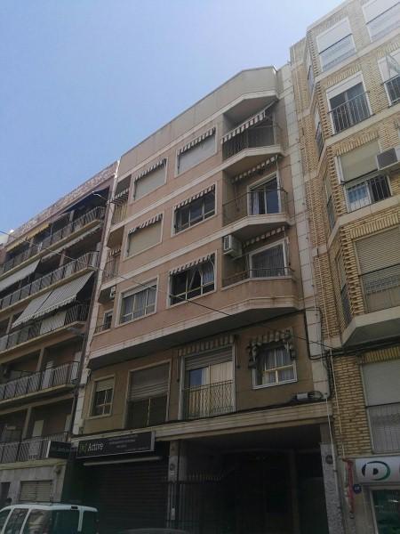 Piso en venta en Camí Dels Magros, Elche/elx, Alicante, Calle Camí Dels Magros, 81.000 €, 3 habitaciones, 102 m2