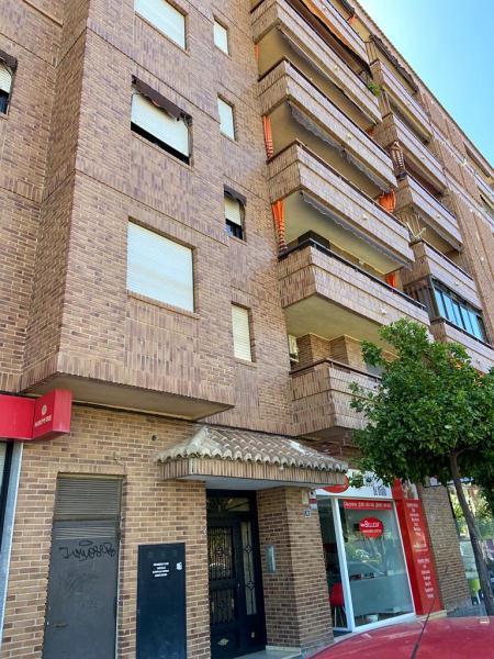 Piso en venta en Monte Vedat, Torrent, Valencia, Calle Vicent Andres Estelles, 118.000 €, 3 habitaciones, 2 baños, 116 m2
