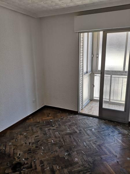 Piso en venta en El Castillo, Torrejón de Ardoz, Madrid, Calle Carbono, 101.000 €, 3 habitaciones, 1 baño, 66 m2