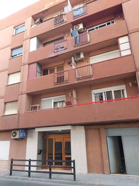 Piso en venta en Vinalesa, Vinalesa, Valencia, Avenida Constitucion, 85.000 €, 3 habitaciones, 2 baños, 100 m2