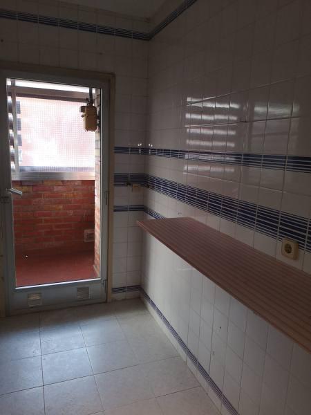 Piso en venta en Madrid, Madrid, Avenida Abrantes, 128.000 €, 3 habitaciones, 2 baños, 102 m2